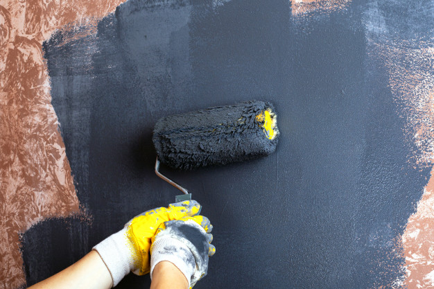 mørk maling til væggen
